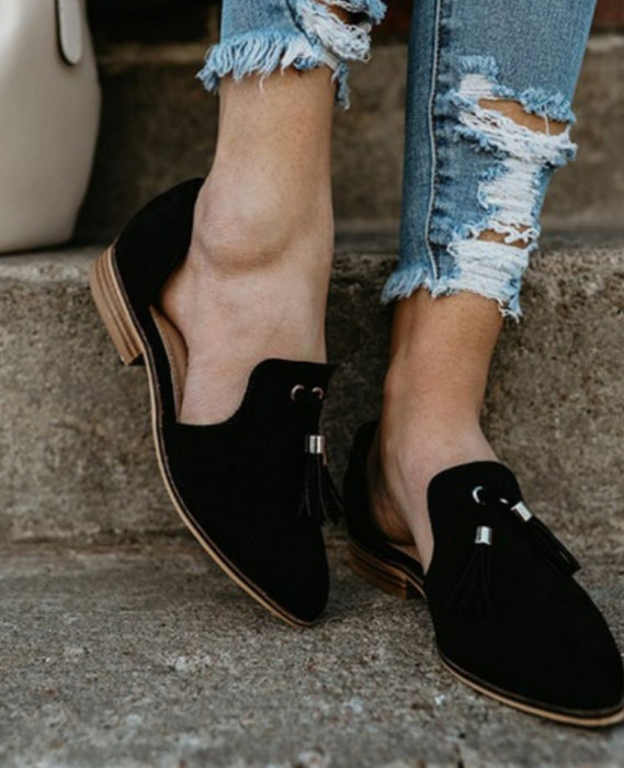 Autumn new European and American pointed scrub tassels side low low heel women's large size women's shoes