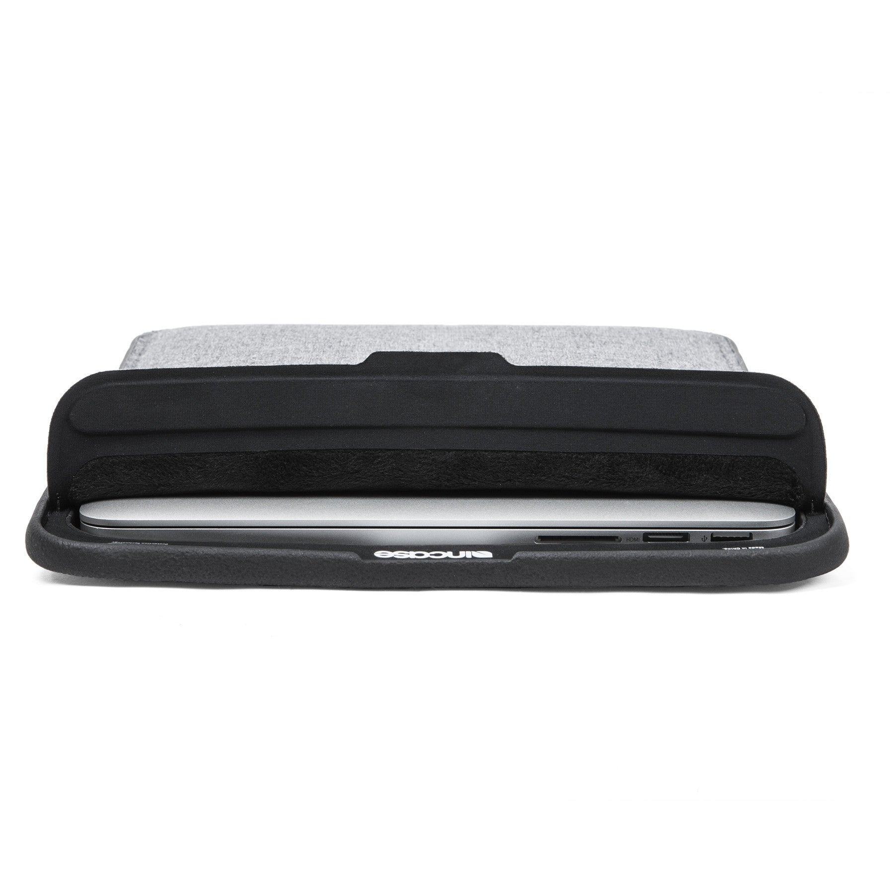 Incase - ICON Sleeve with TENSAERLite for Macbook Pro 13 inch