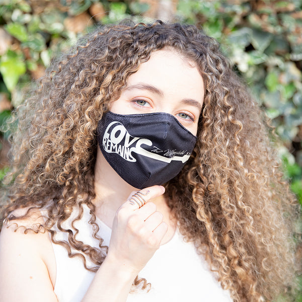 Tal Wilkenfeld - Love Remains Guitar Mask