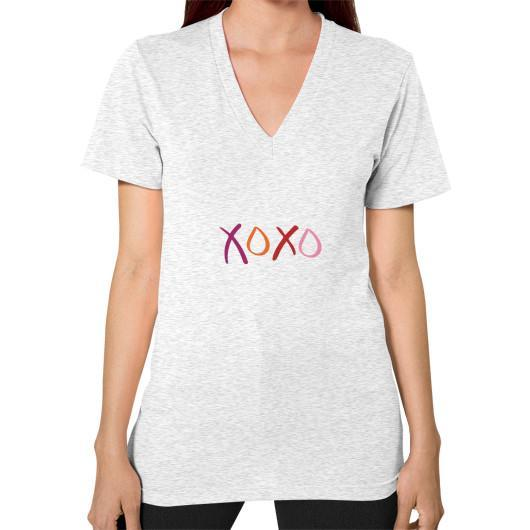 T-Shirt XS / Ash grey V-Neck (on woman)