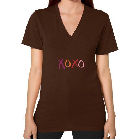 T-Shirt XS / Brown V-Neck (on woman)