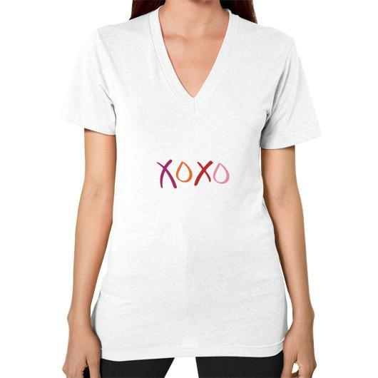 T-Shirt XS / White V-Neck (on woman)