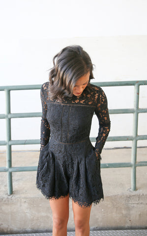 JASMINE LACE PLAYSUIT - BLACK