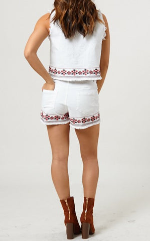 ELLY EMBROIDERED SHORTS