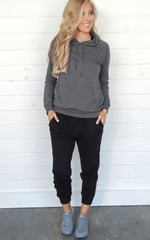 LAZY DAY HOODIE - CHARCOAL