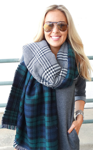 REVERSIBLE SCARF - NAVY