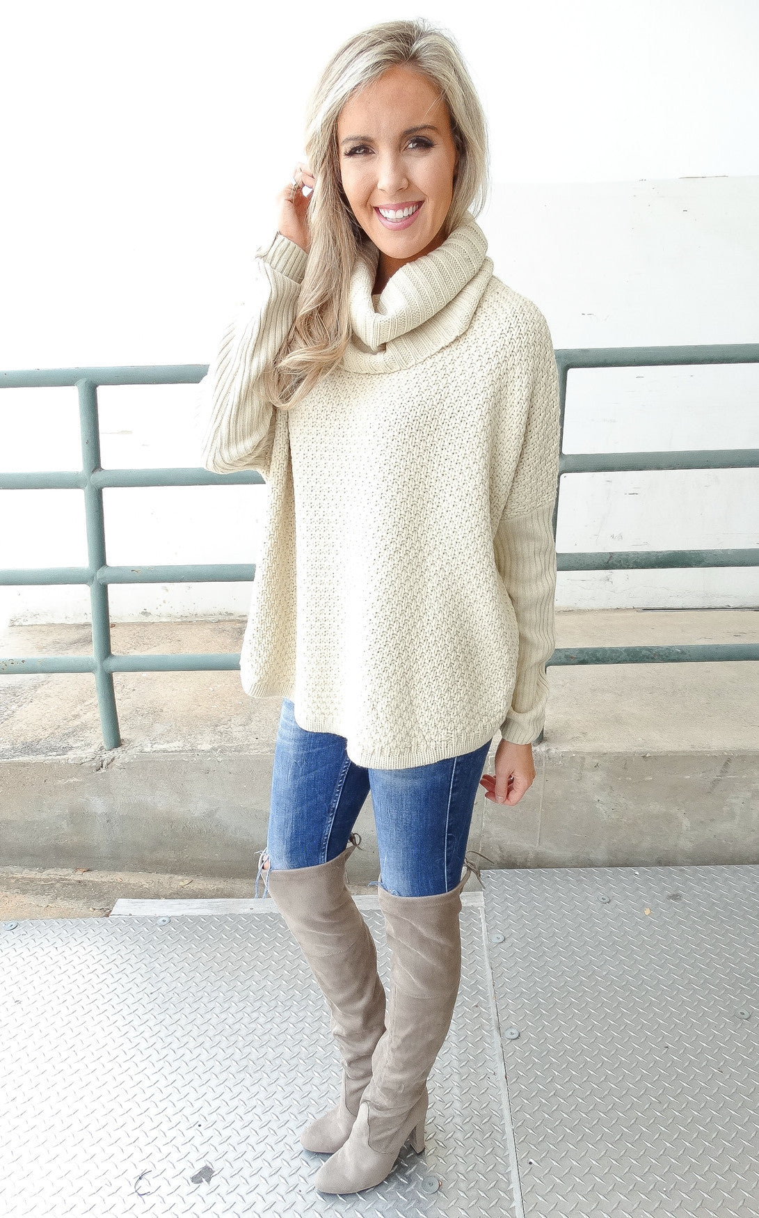 TERRYTOWN SWEATER - Cream