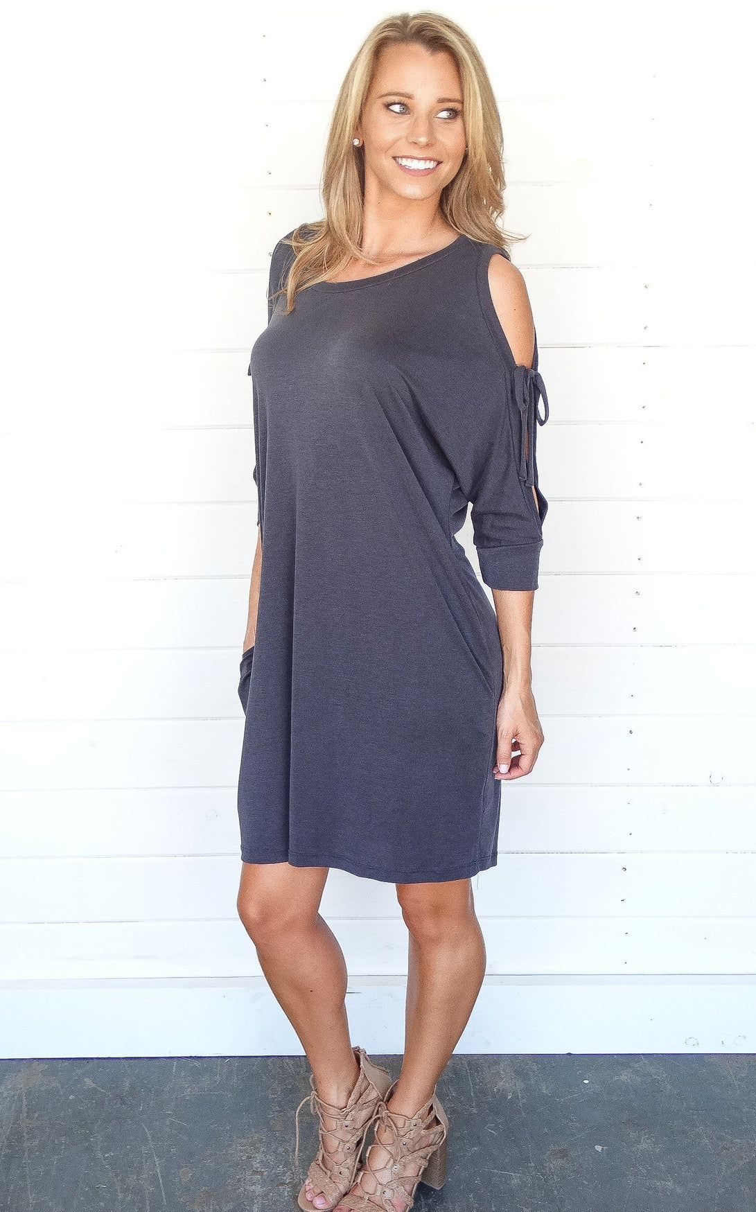 COLD SHOULDER TIE DRESS - CHARCOAL