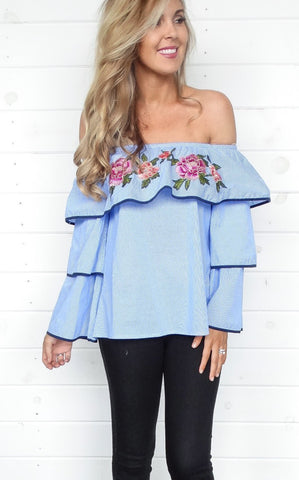 FLORAL PATCH BLOUSE