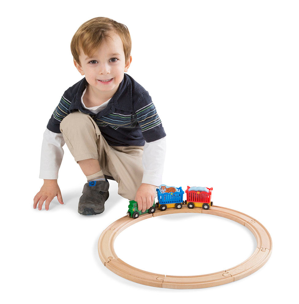 Melissa & Doug Zoo Animal Train Set