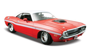 Maisto 1/24 Dodge Challenger R/T Coupe70 Red