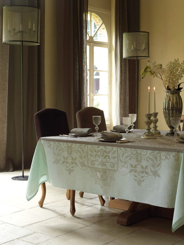 Venezia Linen Tablecloth, Placemats, Napkins & Runners