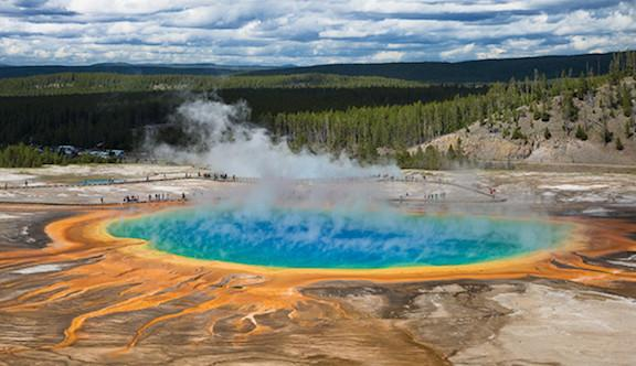 Strange organisms deep in Yellowstone Park