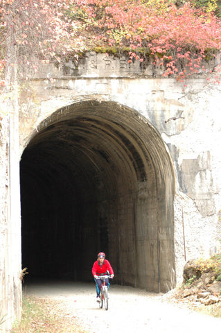 biking hiawatha trail montana tunnel III