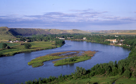 fort benton missouri river outfitters montana living monument