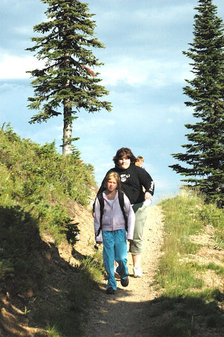 great family hikes in glacier national park, kids hikes, montana living