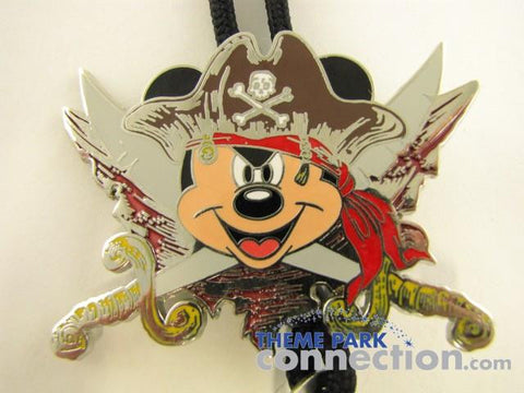 Disney Parks Exclusive Mickey Mouse Pirates Of The Caribbean Pin Medallion & Lanyard
