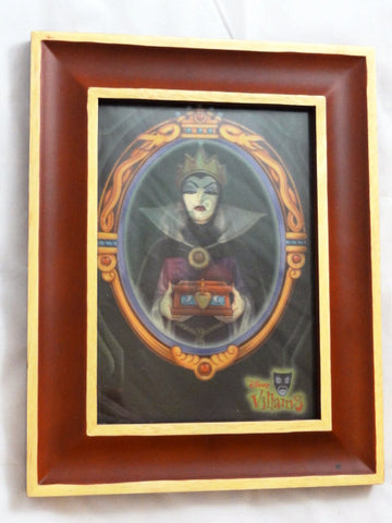Disney Villains Snow White EVIL QUEEN/OLD HAG Framed Lenticular Art Card