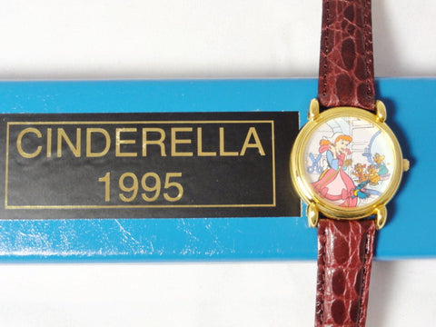Disney Limited Edition 500 CINDERELLA 45th Anniversary Company D Cast Member Exclusive Watch