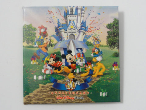 Walt Disney World 30TH ANNIVERSARY Cinderella Castle Fab 5 Mickey, Minnie, Donald, Goofy, Pluto Theme Park Event Exclusive Pin Back Button