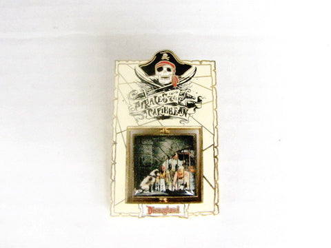 Pirates of the Caribbean 2003 Jail Scene Disneyland LE Spinner Pin