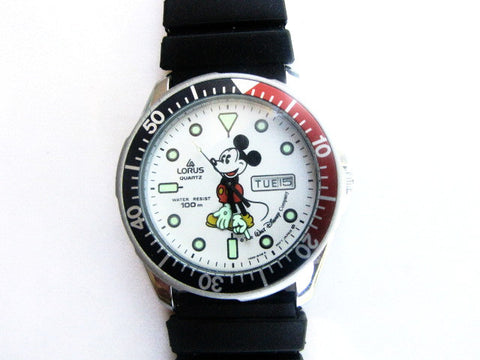 Walt Disney Rare Lorus Quartz Mickey Mouse Waterproof Wrist Watch