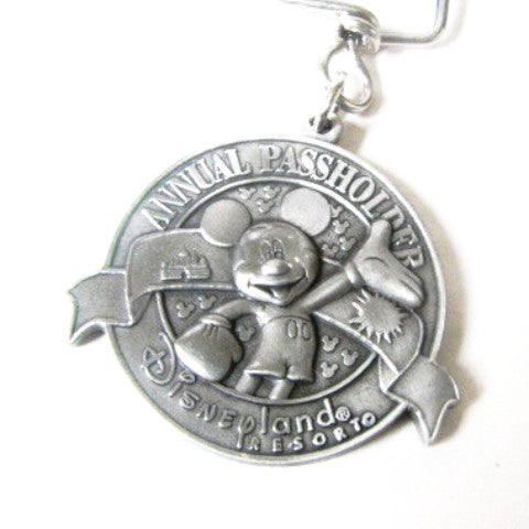 Disneyland Resort 2001 Annual Passholder Exclusive Medallion