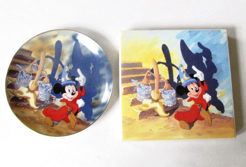 Disney Store 1990 Fantasia 50th Anniversary Collectors Plate