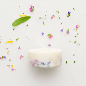 the MUNIO - Wild Flowers Mini Candle - shop now at be pure