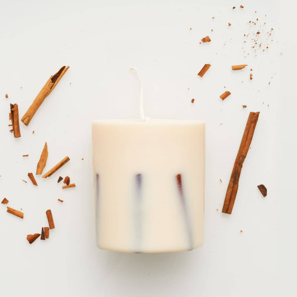 the MUNIO - Cinnamon candle - shop now at be pure