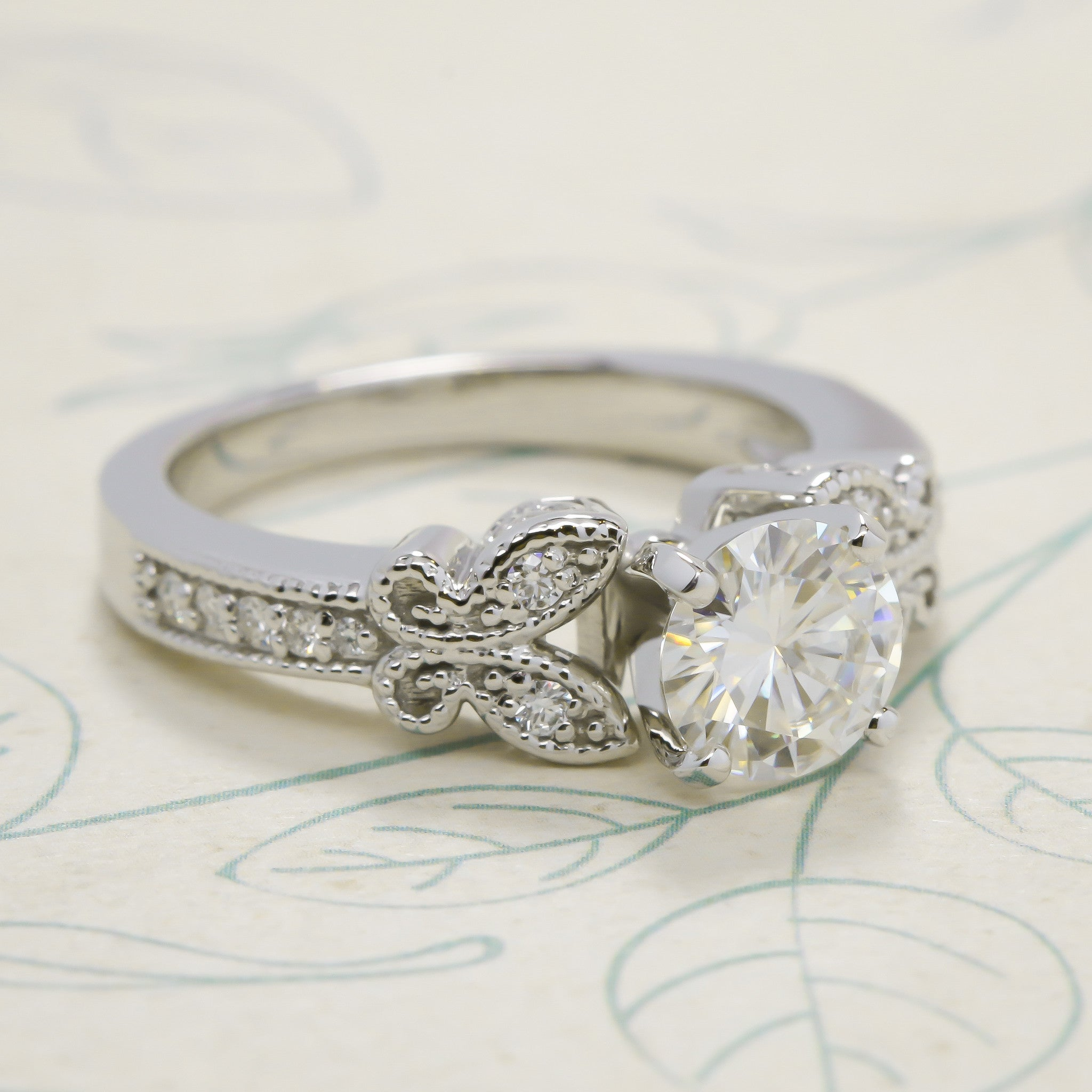Forever e Butterfly Moissanite Engagement Ring Butterfly