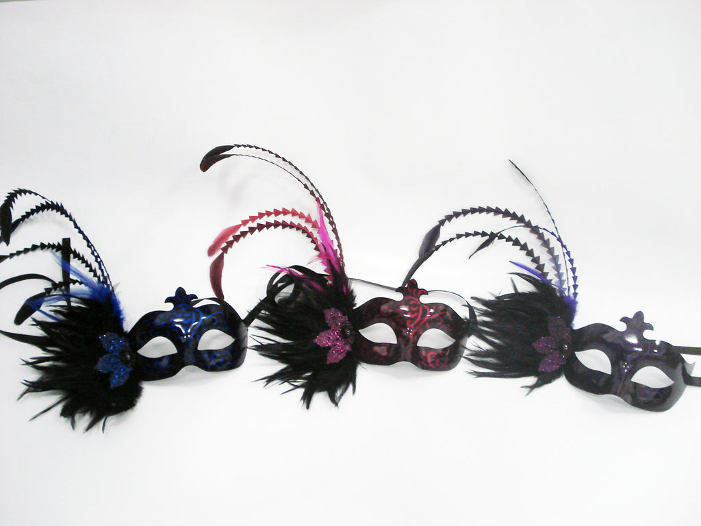 MK129 - Set of 3 Assorted Masks with Feathers