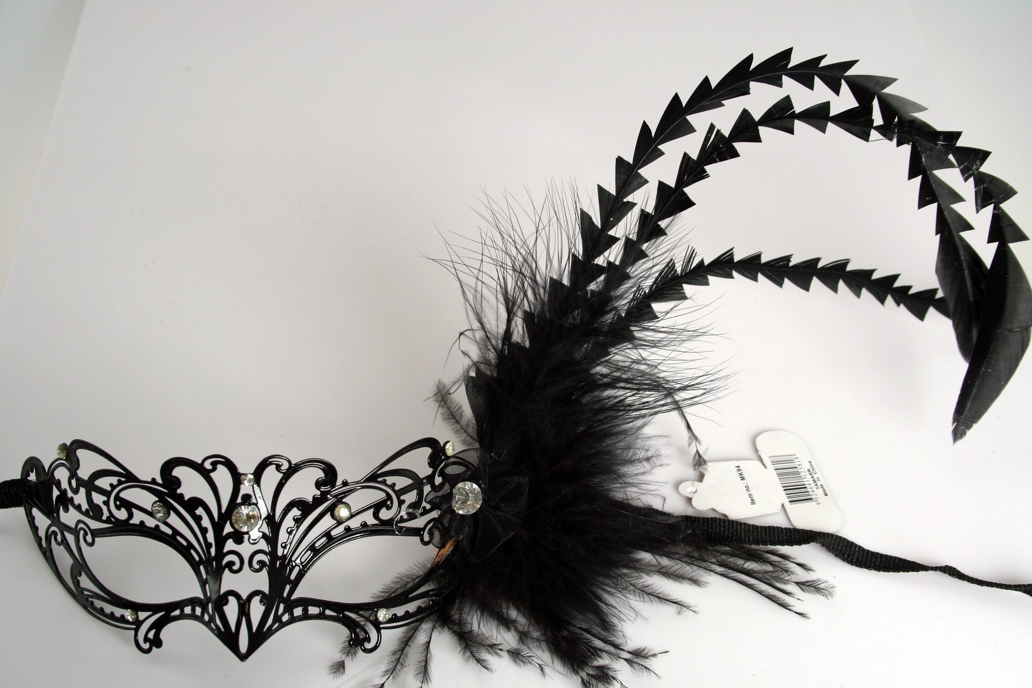 MK94 - Metal Mask with Feather & Diamantes - CLEARANCE HALF PRICE OFF ORIGINAL PRICE BELOW