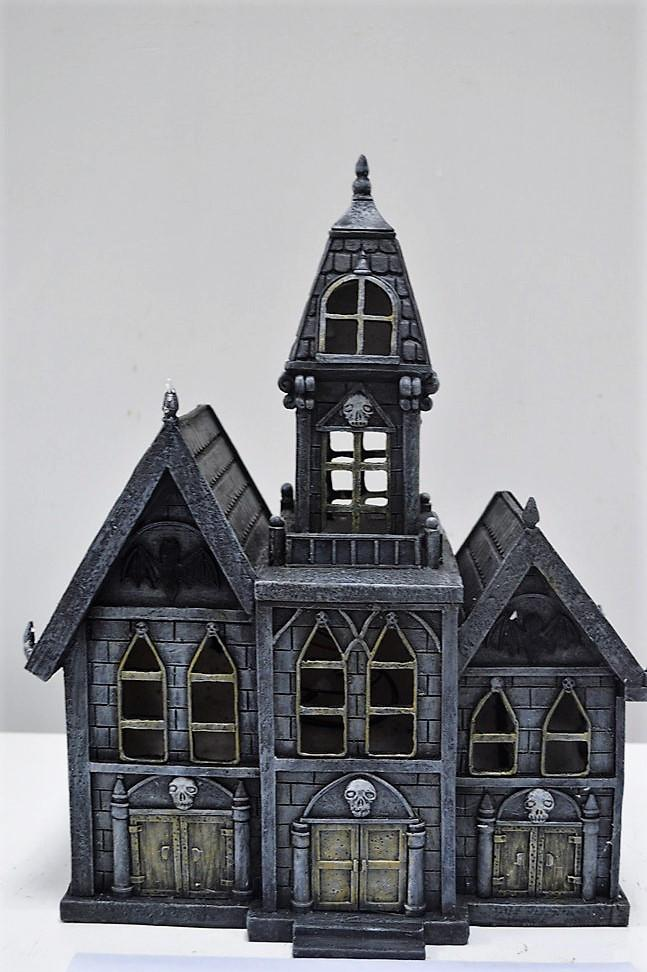 FD73 - Resin Halloween Solar Castle - BOXED QUANTITIES (2,3,4)