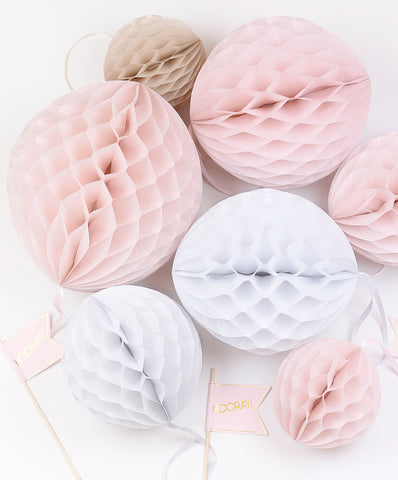Paper honeycomb sets