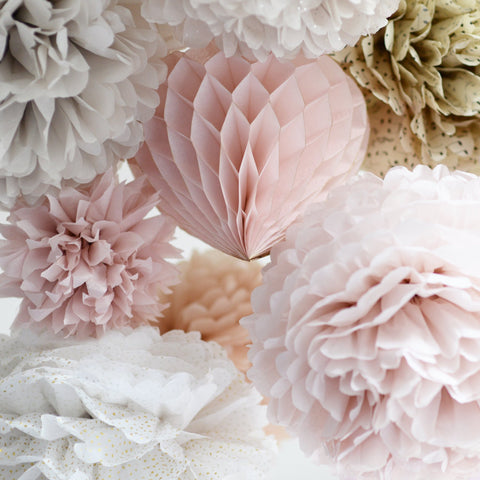 Dusty blush and champagne pom poms party set - Decopompoms - party decoration boutique