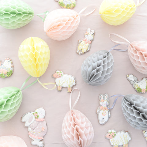 Easter egg honeycomb decoration - custom color - 15cm