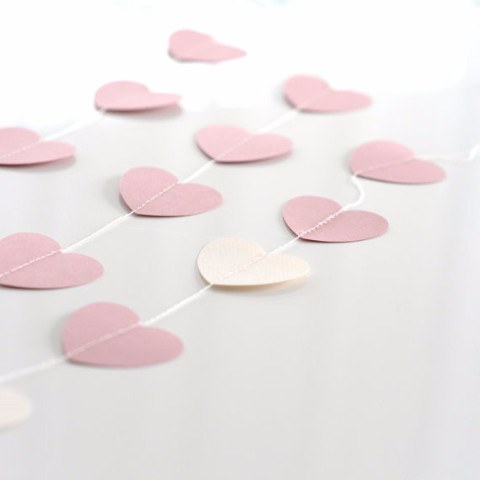 HEART paper string garland - Decopompoms - party decoration boutique