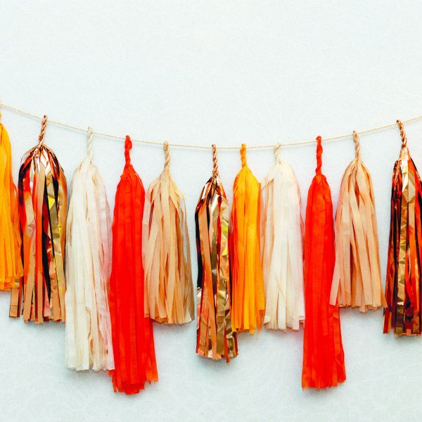 MAD ORANGE tassel garland - various lengths - Decopompoms - party decoration boutique
