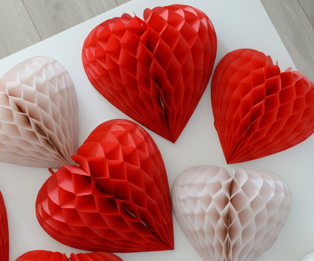 Heart shaped paper honeycomb decoration 25cm