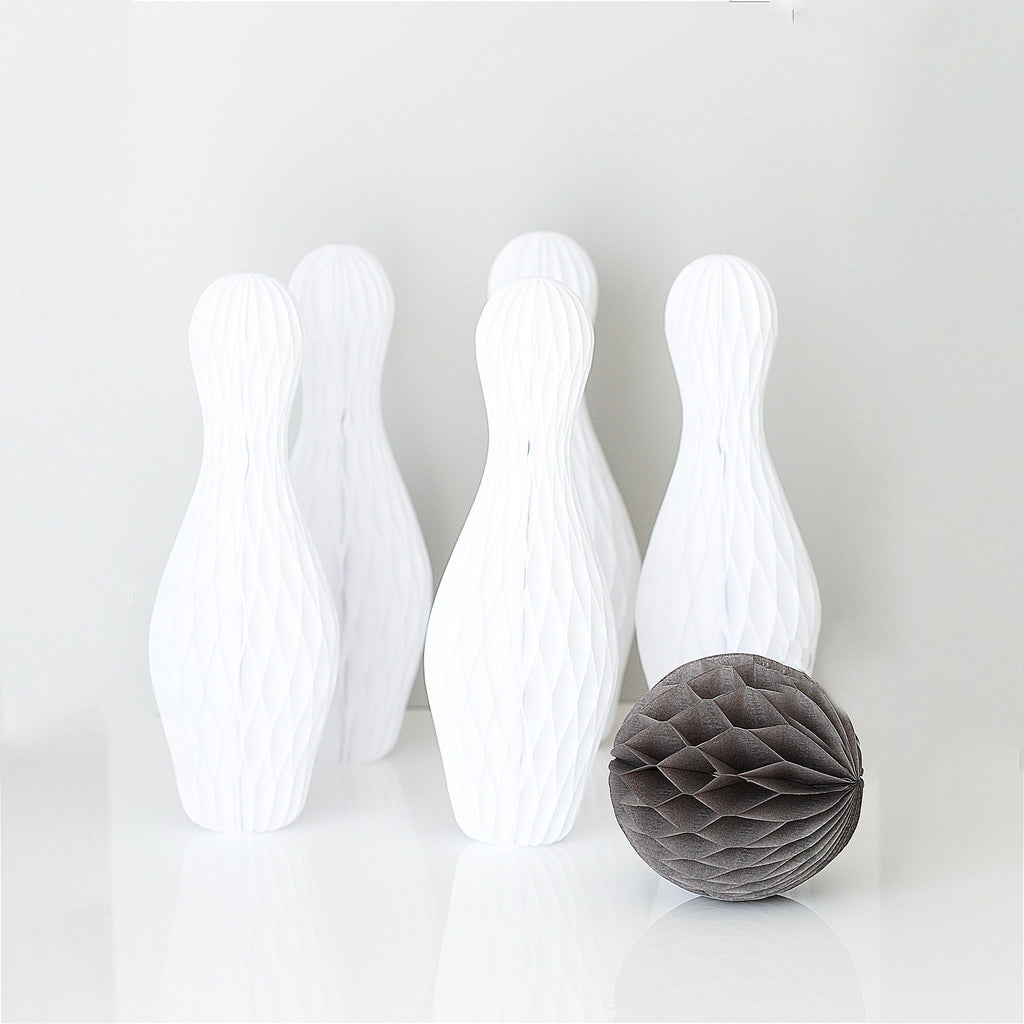 Bowling Party - Bowling pins and bowling bowl - Decopompoms - party decoration boutique