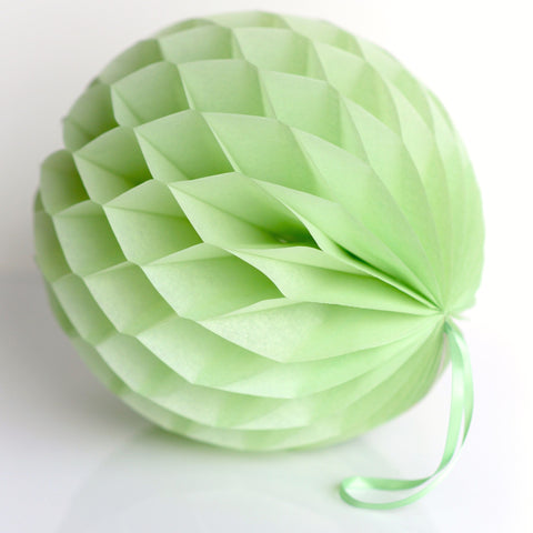 Celery paper honeycomb - hanging party decorations - Decopompoms - party decoration boutique