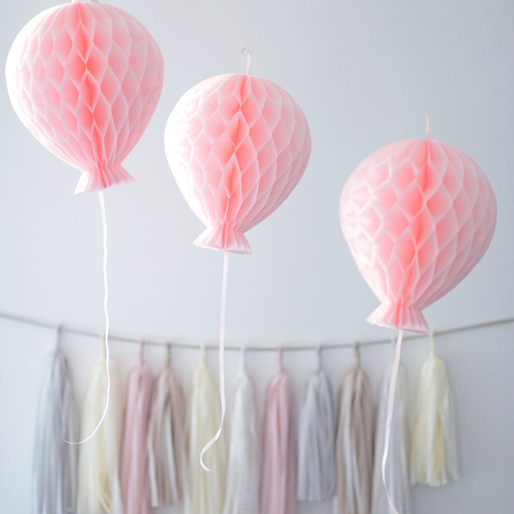 Honeycomb balloon decoration - custom color - 15cm - Decopompoms - party decoration boutique