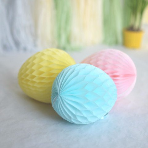 Honeycomb easter egg decoration - custom color - 15cm - Decopompoms - party decoration boutique