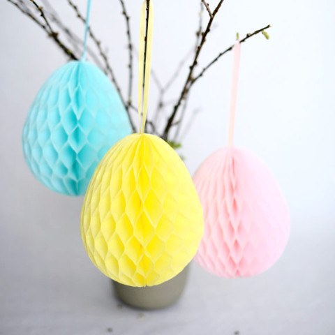Honeycomb easter egg decoration - custom color - 20cm - Decopompoms - party decoration boutique