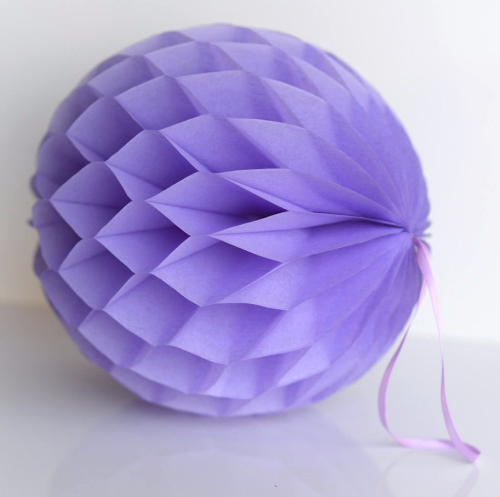 Lavender paper honeycomb - hanging party decorations - Decopompoms - party decoration boutique