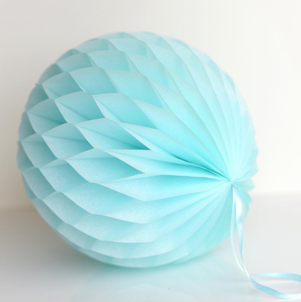 Light blue paper honeycomb - hanging party decorations - Decopompoms - party decoration boutique