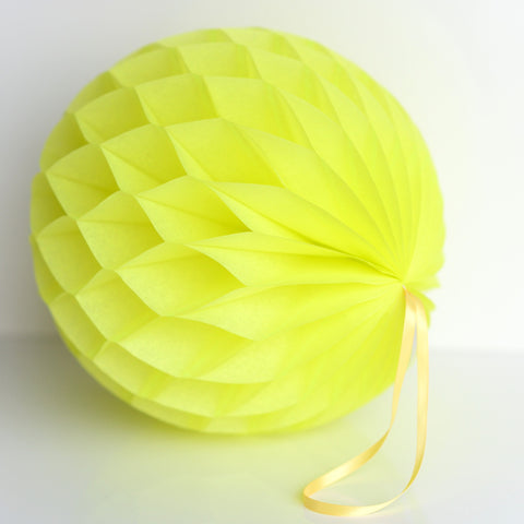 Limon / neon paper honeycomb - hanging party decorations - Decopompoms - party decoration boutique
