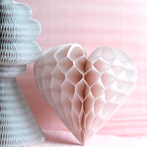 Honeycomb - Vintage Style Heart Shaped Honeycomb Decoration 30cm