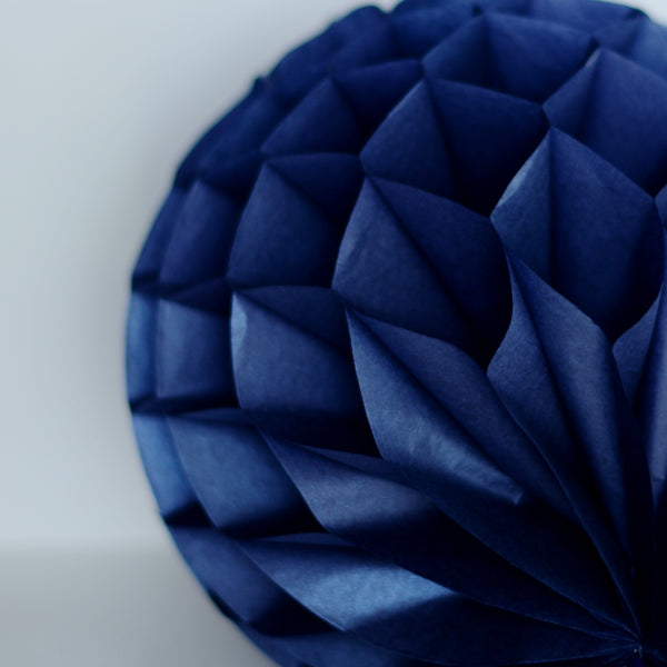 25cm DECOPOMPOMS PEARLESENCE Champagne Tissue Paper Honeycomb Ball